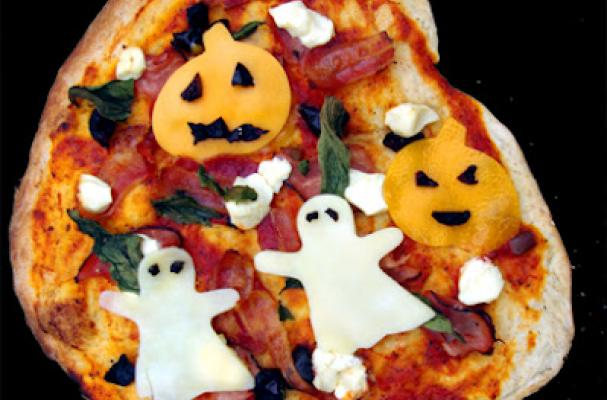 Serve a Spooky Pizza for Halloween!